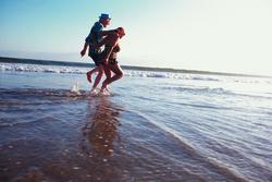 Rsz Senior Couple Beach